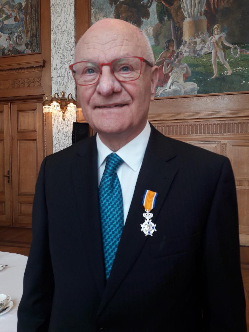 Oud voorzitter Koninklijk onderscheiden